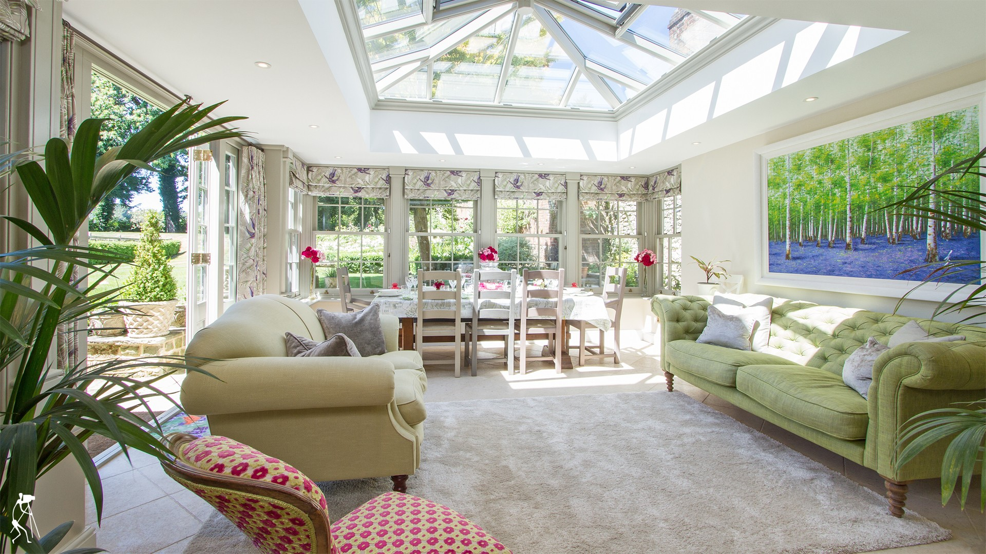 Beautiful Orangery in village house - West Sussex