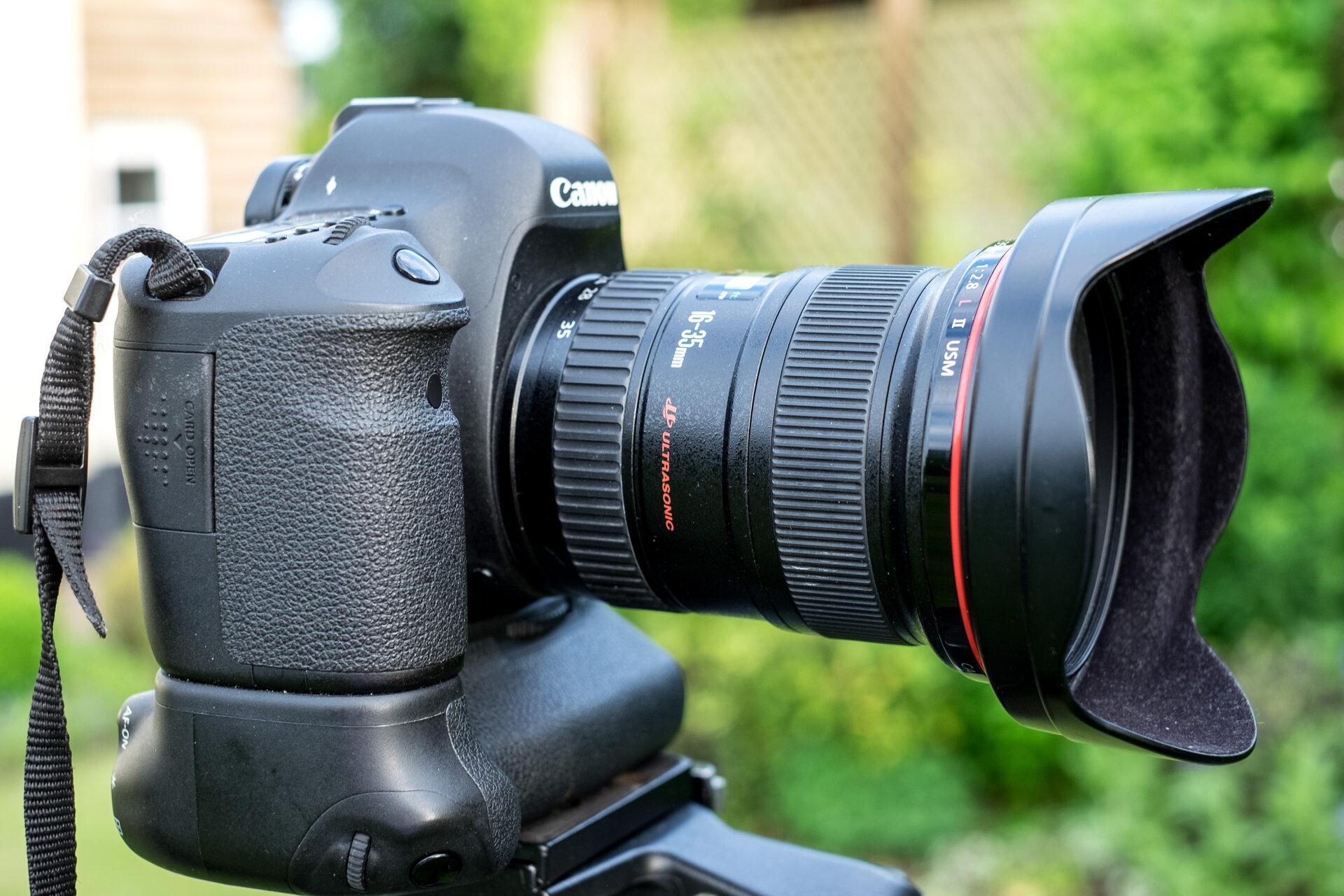 Canon 16-35mm f2.8 lens
